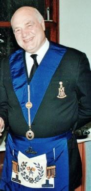 W. Bro. Yasha Beresiner PGStB
