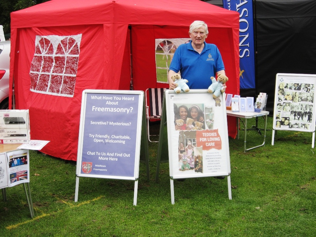 The Provincial Information Trailer team were out again this weekend at Sunbury Regatta and then again on Sunday at Ruislip Medieval Fair.  sc 1 st  Provincial Grand Lodge of Middlesex & Provincial Information Tent at Sunbury u0026 Ruislip - Report ...
